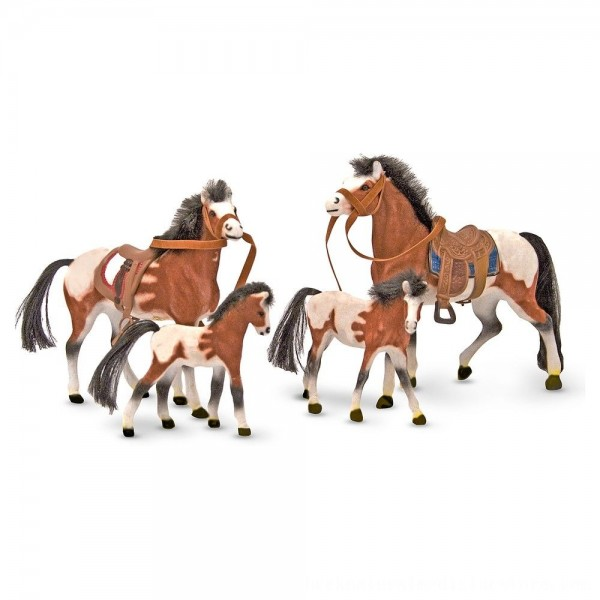 Black Friday 2020   Melissa & Doug Horse Family With 4 Collectible Horses